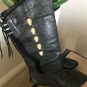 Shoes - Caspita boots with skulls